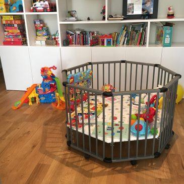 Le parc, un indispensable à ma survie parental. Je vous propose mes 5 indispensables puériculture du jeune parent ... sur le blog Maman Ne le dites à Personne #Parc #puériculture #jeuneparent #bébé #indispensablebébé #parentalité #maternité #montessori (ou pas)