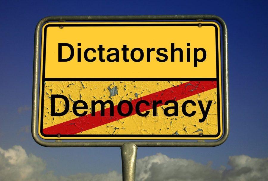 Dictature - mon patron est un tyran - Blog Maman Ne le dites a Personne #patron #tyrannie #vieautravail #viedemaman #viedemère #despotismeenfantin #enfants #mereaufoyer #blogmaman #mamanblogueuse #neleditesapersonne