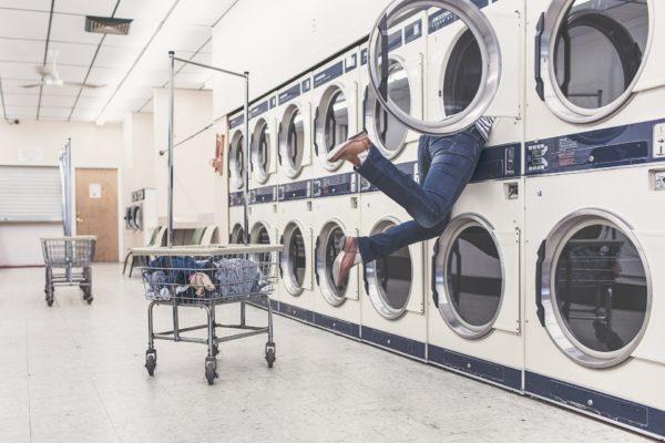 Une Fable Moderne - L'homme et la machine - le lave linge - Blog Maman Ne le dites à Personne