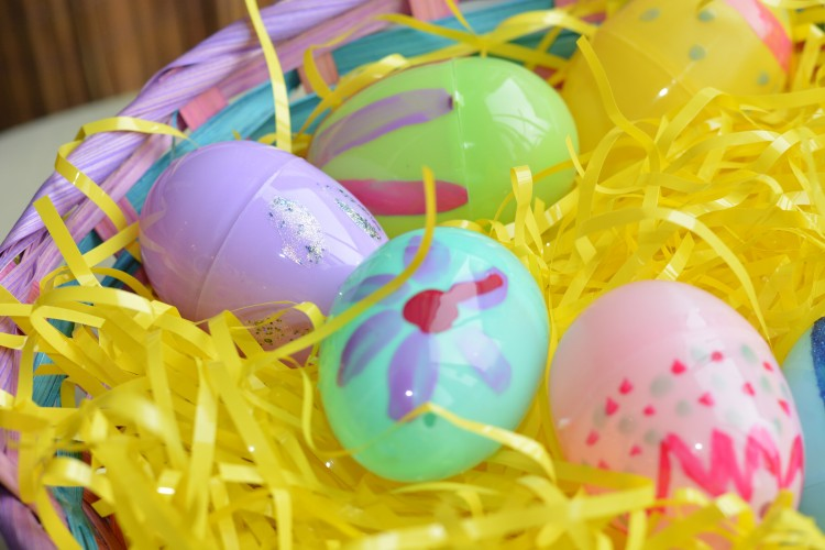 Quick Dollar Store Easter DIY Ideas