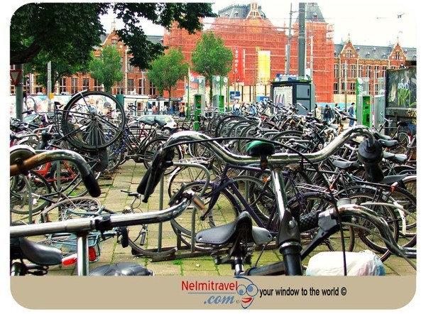 dutch bike,dutch bicycle,cycling in Amsterdam,Amsterdam cycling,Bicycles in Amsterdam,renting a bike in Amsterdam,rent a bike in Amserdam,bike rent in Amsterdam