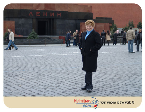 Lenin's Mausoleum; Lenin's body; Lenin Mausoleum hours;lenin's body preserved;lenin mausoleum pictures