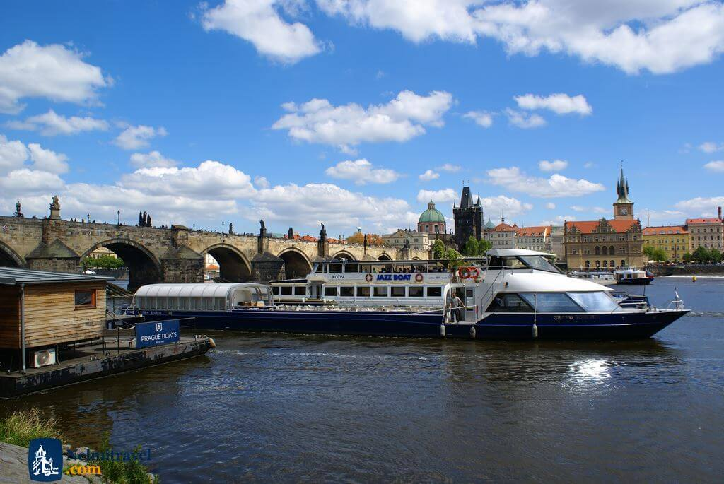 Prague River Cruises; Nelmitravel; Prague Vlatava river cruises; Prague boat cruises;