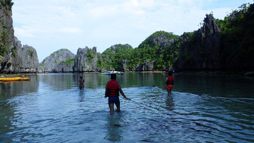 Walking from Small Lagoon