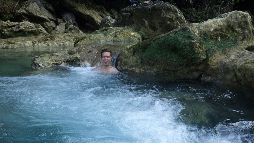 Plunge pool in Bao-Bao Falls