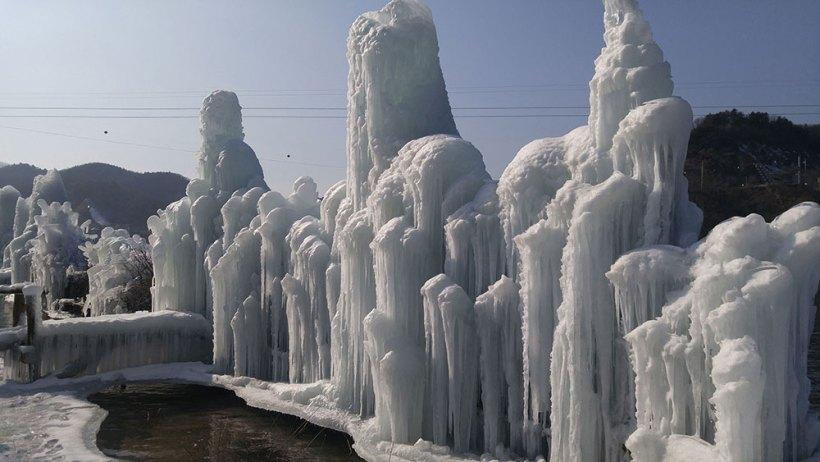 Frozen fountains in Nami Island