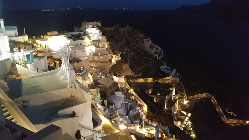 Cold Oia at night