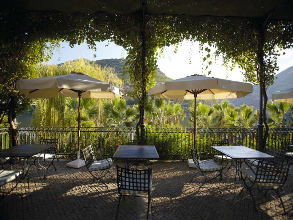 2-Cover-Vintage-House-Hotel-Douro