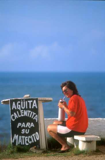 Uruguay, Punta del Este, Un mate por favor