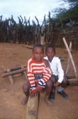 Sudáfrica, Natal Kwa-Zulu, Empangeni, poblado Zulu, niños Zulu, retrato