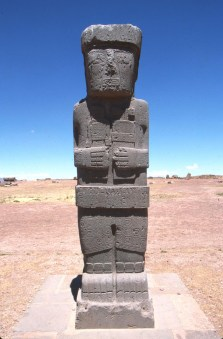 Bolivia, Altiplano, Tiwanaku-Ruinas Aymara, escultura