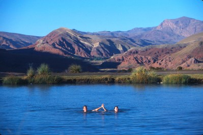 Bolivia, Potosi, Laguna de Tarapaya, Aguas Termales