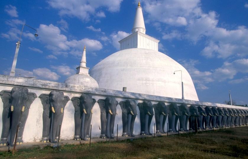 Sri Lanka, Polonnaruwa, capital mediabal, Dagoba, arquitectura