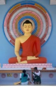 Sri Lanka, Ella, Buda Sentado, escultura