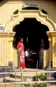 Sri Lanka, Beliatta, escuela