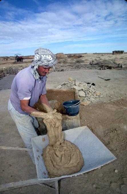 Túnez, oasis de dunas, Tozeur, fabrica de ladrillos, trabajo