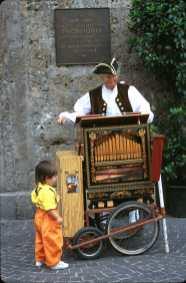 Tirol, Innsbruck, Organillo