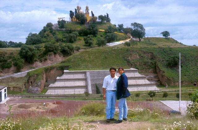 México, Estado Puebla, Cholula, piramide, Jaime y Ana