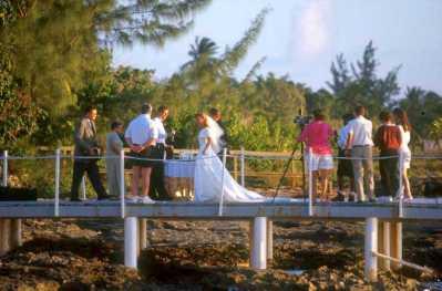 Islas Cayman, estrecho del sur, zona rocosa. boda
