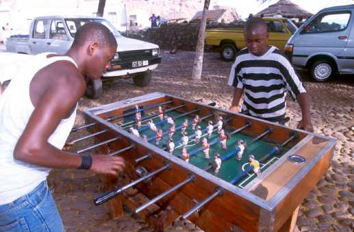 Cabo Verde, Isla Santiago, adoro el futbolín