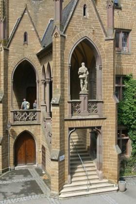 Alemania, Baden-Wurtemberg, Hechingen, castillo Hohenzollern, patio interior