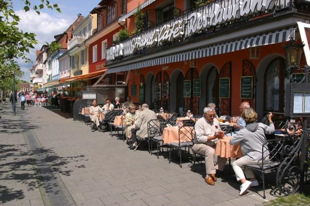 Alemania, Lago de Constanza, Meersburg, ciudad baja, terrazas