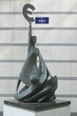 Bélgica, Bruselas, Parque Leopoldo, Parlamento Europeo, escultura