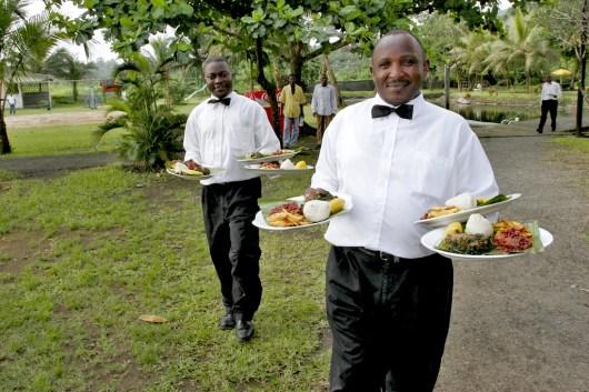 Camerún, Limbe,Playa de Limbe, buena comida, retrato
