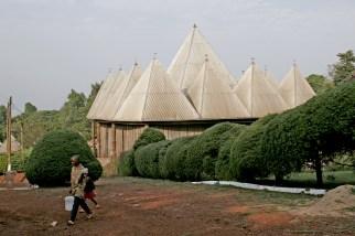 Camerún, Bafut, Fondom, Chefferie, Rey Fon Abunbi II