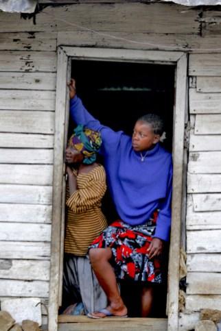 Camerún, Melong, Monte Manengouba, pueblo Manengouba, puerta