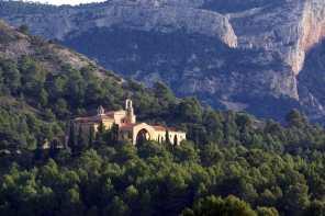 Catalunya, Terra Alta, Horta de Sant Joan, Montaña de Santa Bàrbara, Monasterio Sant Salvador d´Horta