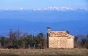 Pla de L'Estany, Sierra Rocacorba, Iglesia Sant Nicolau