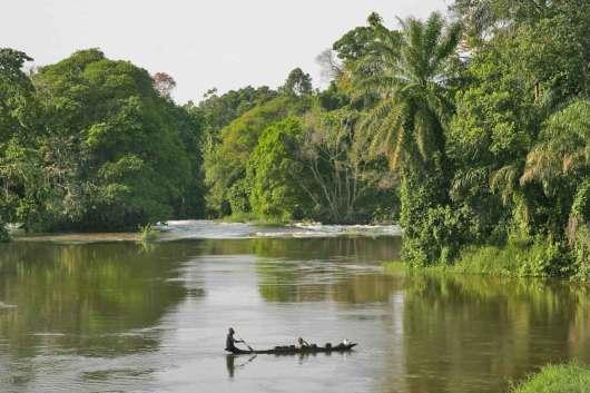 Camerún, Río Lobe