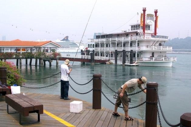 Singapur, Isla Santosa, Steword's Riverboat