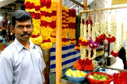 Singapur, Pequeña India, mercado de flores, retrato