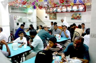 Singapur, Pequeña India, Trishaw en Serangoon Street, restaurante