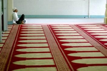 Singapur, barrio de Arab Street, Mezquita del Sultan Masjid, rezar y meditar