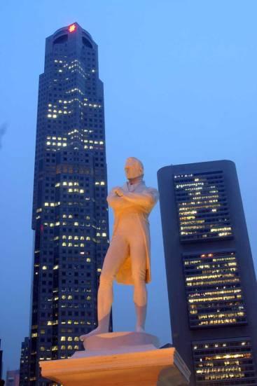 Singapur, Boat Quay, Sir Thomas Stamford Raffles, nocturno