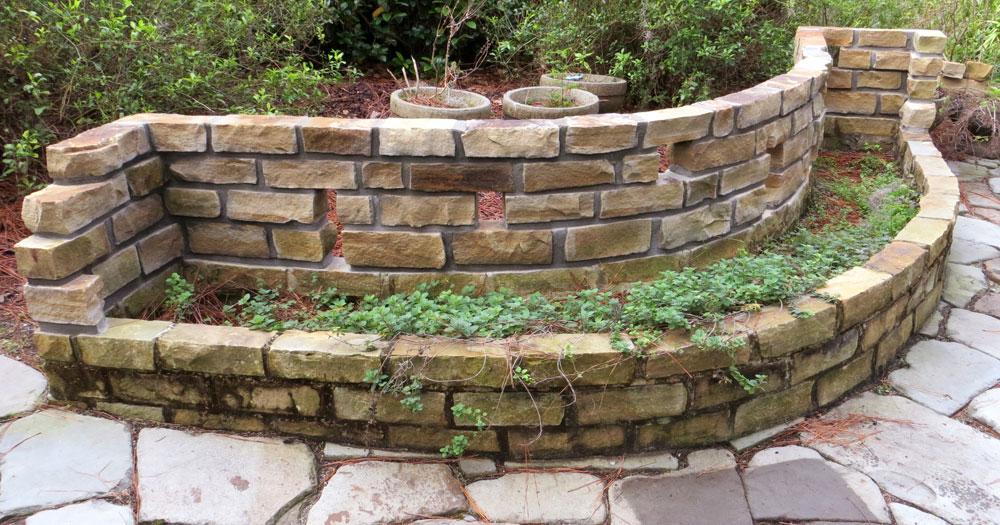 Stack Retaining Dry Ledgestone Wall