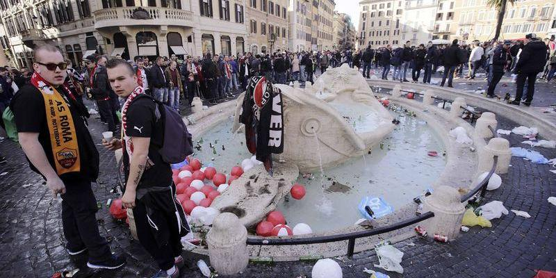 ROME COURT CONVICTS FEYENOORD FANS OF DAMAGING BERNINI FOUNTAIN