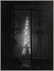 | Le Tour Eiffel, 1929 |