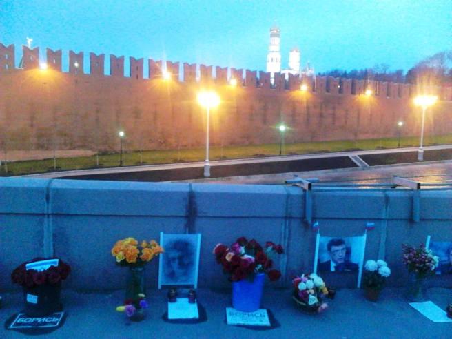 Немцов мост. Мемориал. Рассвет
