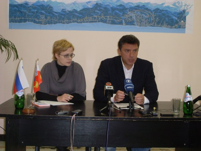 2009.nemtsov.vybor.sochi (14)