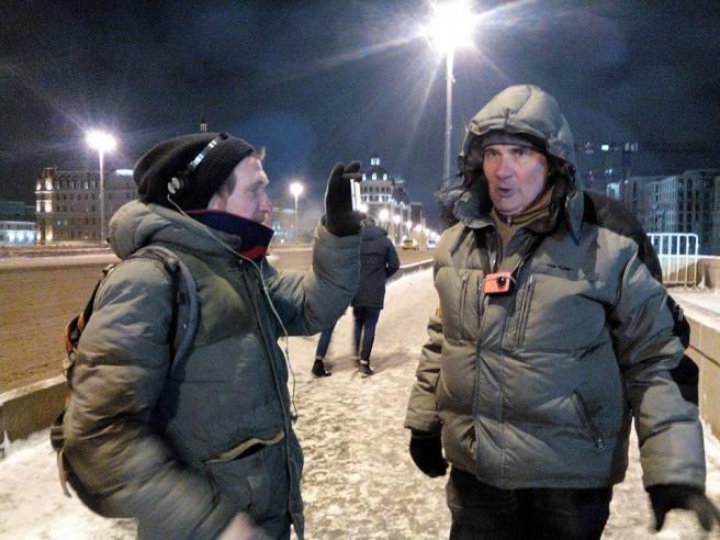 Павел Такмаков. Ведет трансляцию с Мемориала