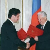 Борис Немцов: «Ельцин и Путин. 10 отличий»