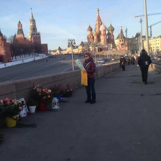 Женщина из Мурманска с цветами Фотографии — Тамара Луговых