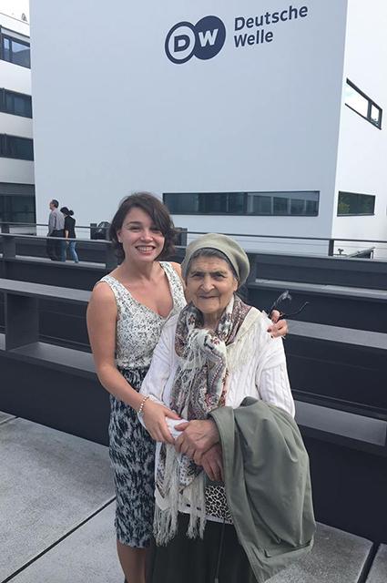 Жанна Немцова с бабушкой Диной Немцовой