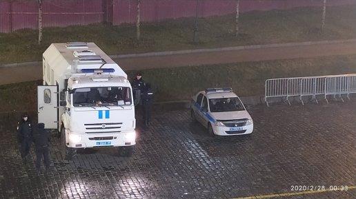 27.02.2020 5 лет со дня убийства Б.Е.Немцова Мемориал Под охраной полиции, но лучше бы без неё