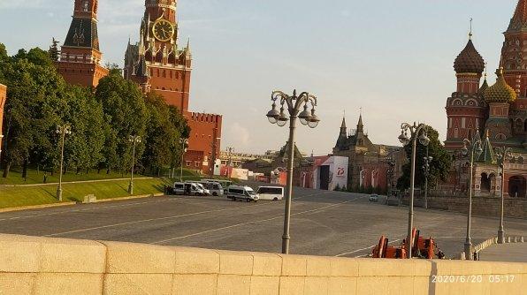20.06.2020 Немцов мост. Скоро репетиция парада