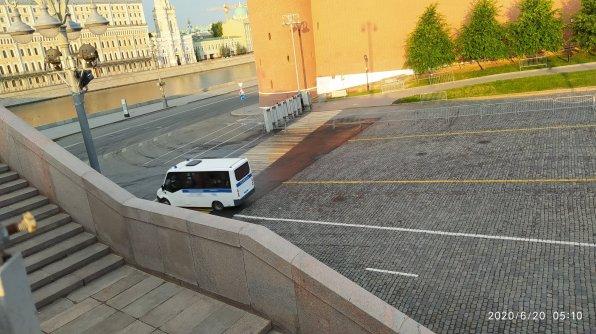 20.06.2020 Немцов мост. Полиция